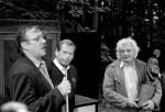 Předávání ceny Dřevěný Andrej - Hrádeček 1996 - formát 30x40 cm - kinofilm, čern