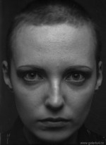 """Radovan Kodera, Karolina, z cyklu """".. do očí"""", 2012, bromostříbrná fotografie, 90x70 cm"""